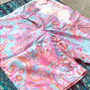 Lily Pulitzer the chipper short
